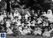 Baby show at the Chestnuts, St. Ann's Road, c 1920